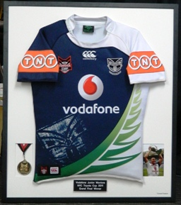 2011 Jnr Warriors Grand Final Winners Jersey with medal