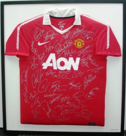 Man Utd Signed Shirt