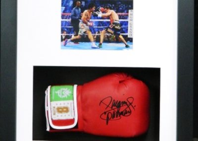 Manny Pacquiao signed boxing glove & photo